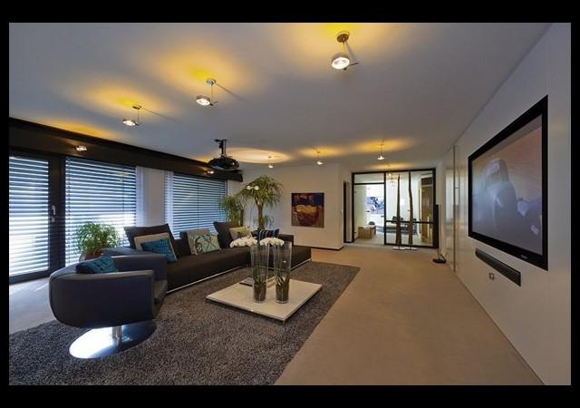Antonio Banderas'tan servet değerinde ev