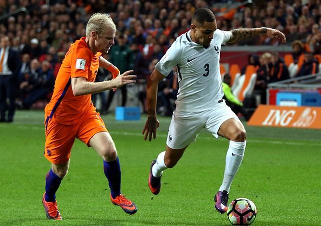 Fransa, Hollanda'yı tek golle devirdi!