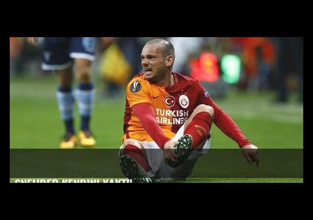 Sneijder kendini yaktı!