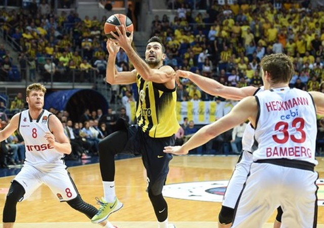 Fenerbahçe galibiyetle başladı!
