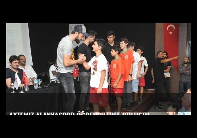 Aytemiz Alanyaspor öğrencilerle buluştu