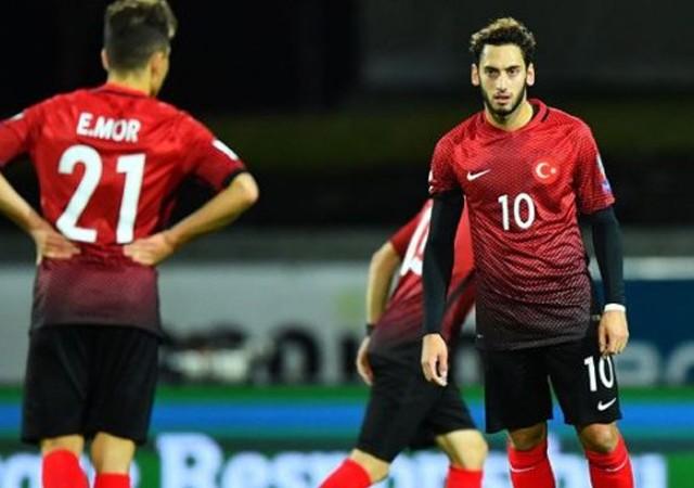 FIFA sıralamasında Türkiye 25. sıraya düştü