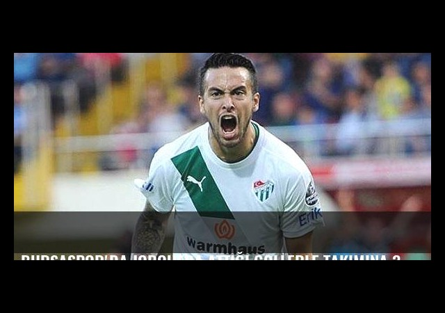 Bursaspor'da Jorquera attığı gollerle takımına 3.9 milyon TL kazandırdı