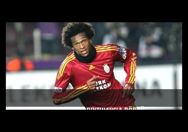 Eski Galatasaraylı Jo Corinthians'a döndü...