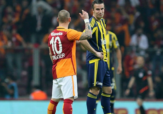 Fenerbahçe-Galatasaray derbisi için flaş karar!