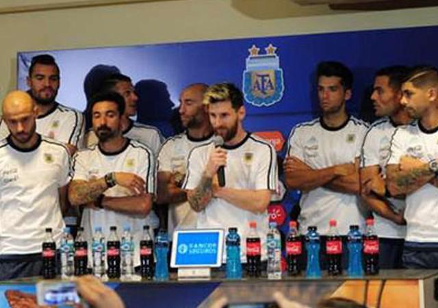 Arjantinli yıldızlar grevde! Messi sözcü oldu...