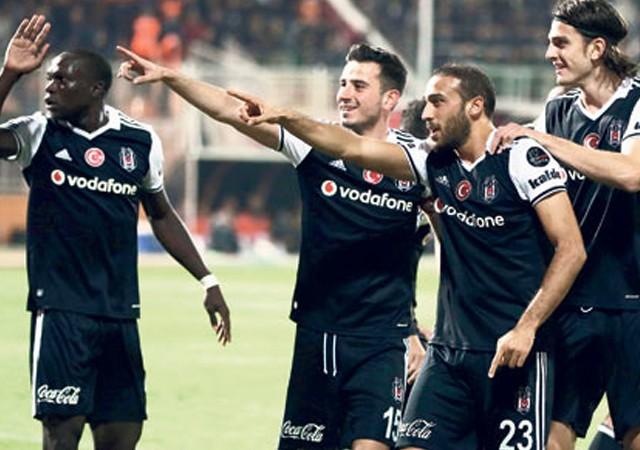 Beşiktaş'ta tarihi başarıyla çılgın prim!