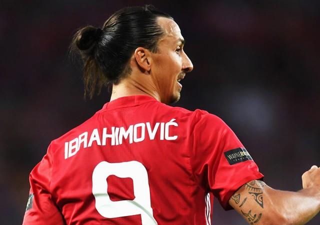 Manchester United, Ibrahimovic'in sözleşmesini uzatacak!
