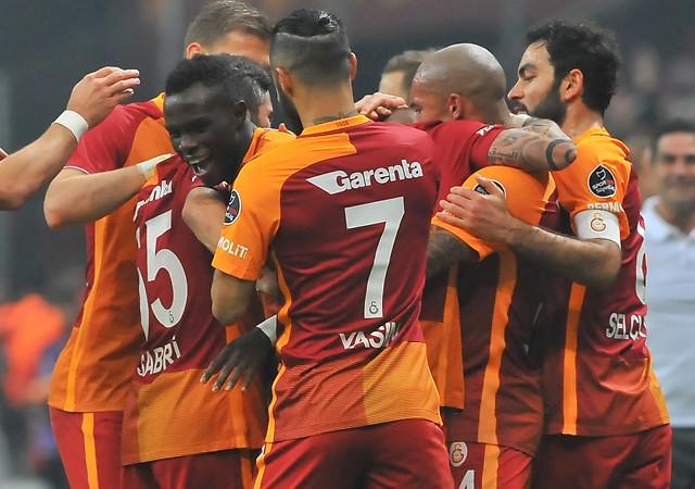 Galatasaray kendine geldi! Muhteşem geri dönüş...