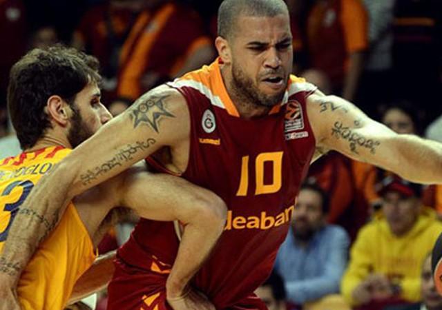 Galatasaray'dan Barcelona'ya fark!