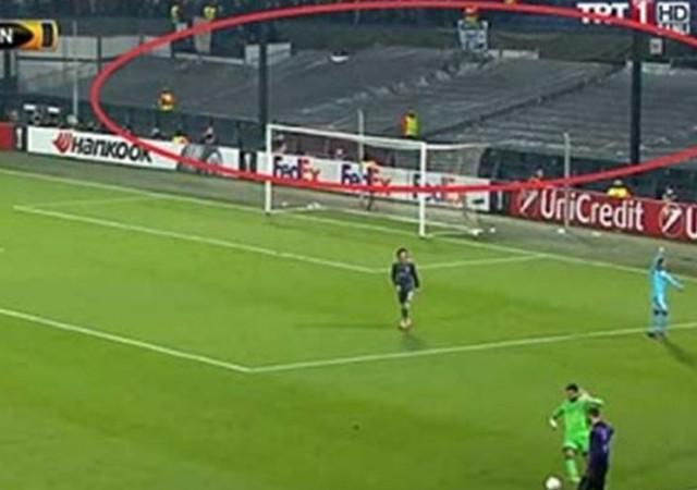 Feyenoord-Fenerbahçe maçında dikkat çeken görüntü