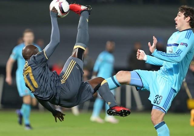Fenerbahçe'nin yıldızı Moussa Sow'dan flaş dolar kararı!