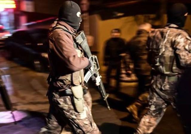 İstanbul'daki saldırı sonrasında 13 gözaltı