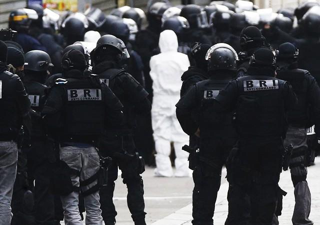 Zürih'te camiye saldırı: Yaralılar var
