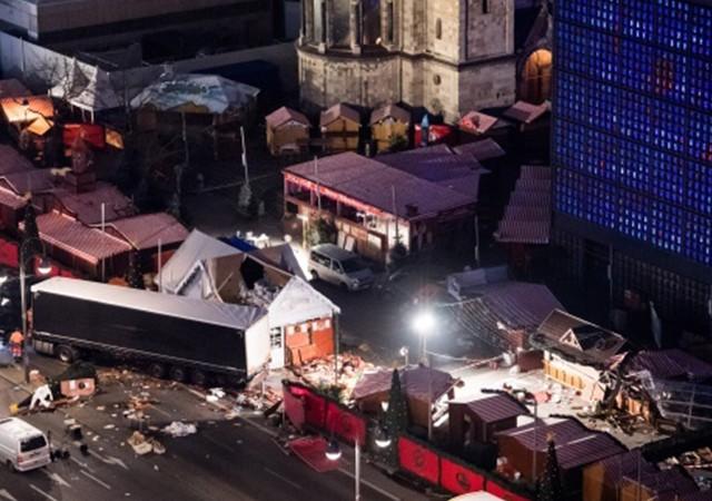 Berlin'deki saldırıyı DEAŞ üstlendi!