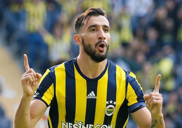 En fazla sarı kart  Mehmet Topal'a!