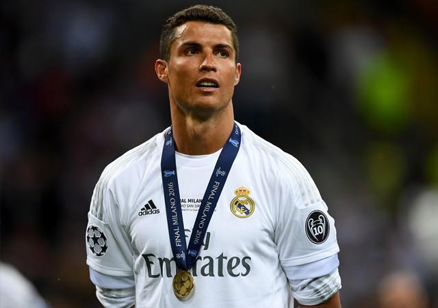 Ronaldo çılgın teklifi reddetti!