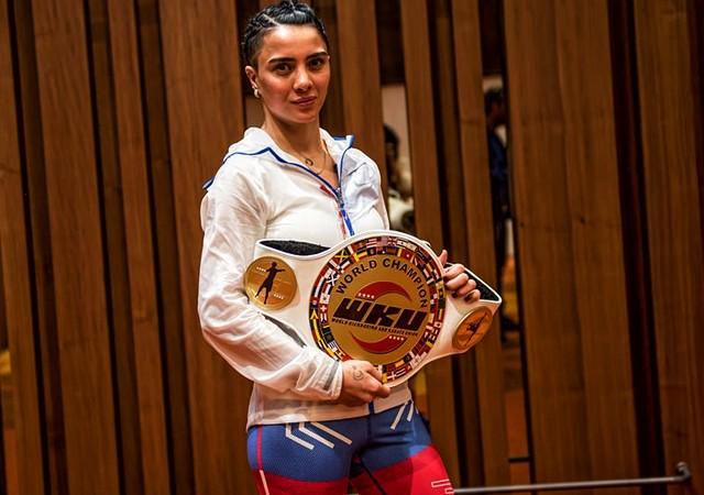Dünya Kick Boks şampiyonu Sabriye Şengül Survivor 2017'de yarışacak!