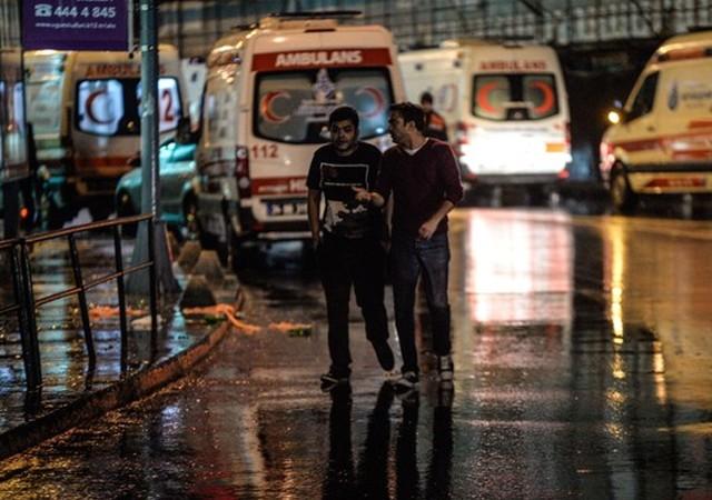 İstanbul'daki yılbaşı saldırısı akıllara o saldırıları getirdi