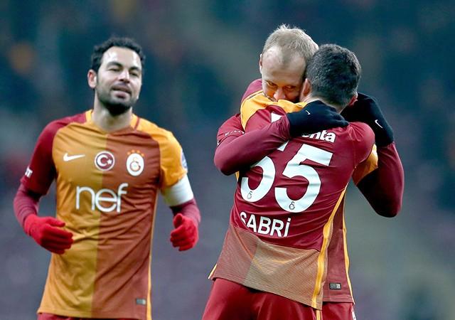 Galatasaray-Akhisar Belediye maç sonucu: 6-0