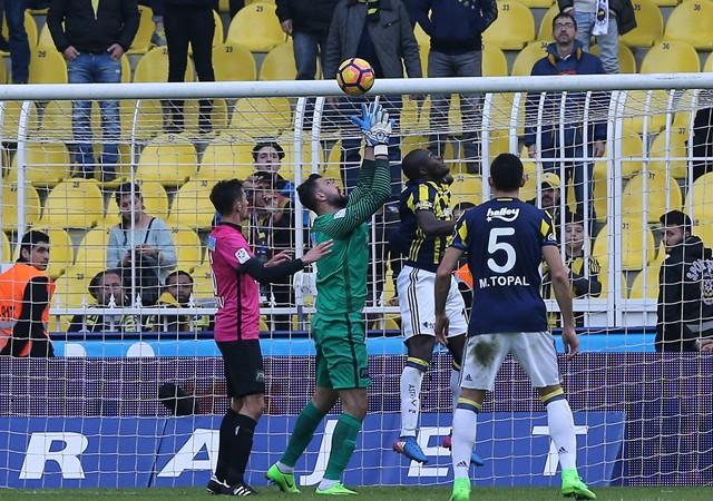 Fenerbahçe'ye Kadıköy'de bir şok daha!