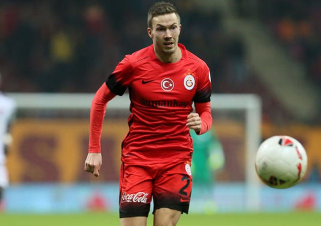Galatasaray'da Linnes derbi kadrosunun dışında bırakıldı