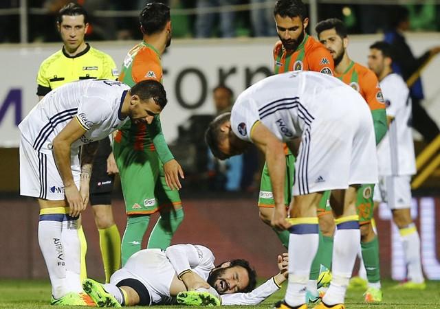 Fenerbahçeli yıldızın görüntüsü şoke etti!