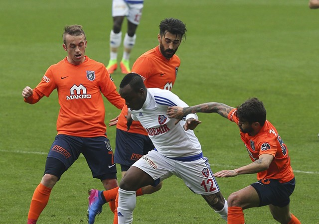 Medipol Başakşehir 3-3 Karabükspor / Spor Toto Süper Lig Maç Sonucu