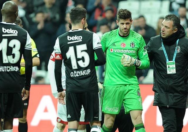 Beşiktaş'ta sakatlık şoku! Oyuna devam edemedi