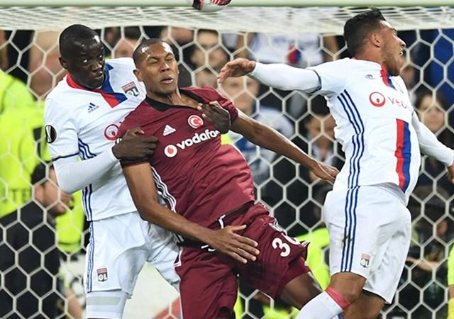 Beşiktaş tur umutlarını İstanbul'a bıraktı!