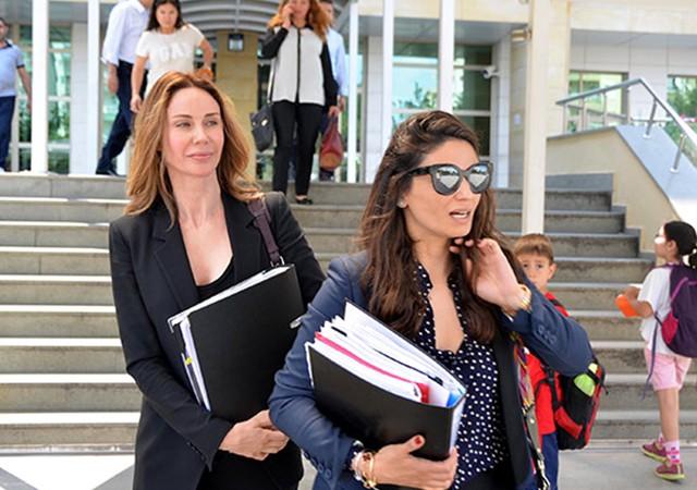 Demet Şener, avukatla tartıştı!