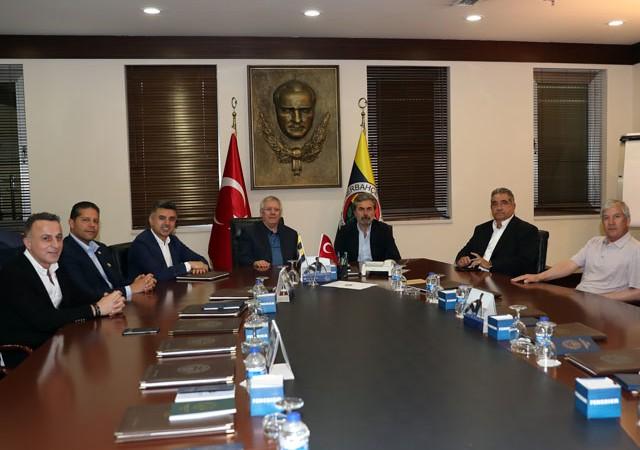 Fenerbahçe 2 yıllık anlaşmayı açıkladı!