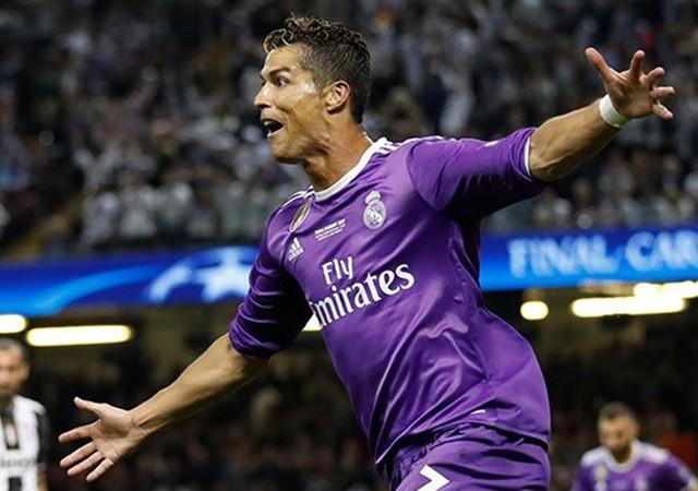 Cristiano Ronaldo, Manchester United yolcusu!