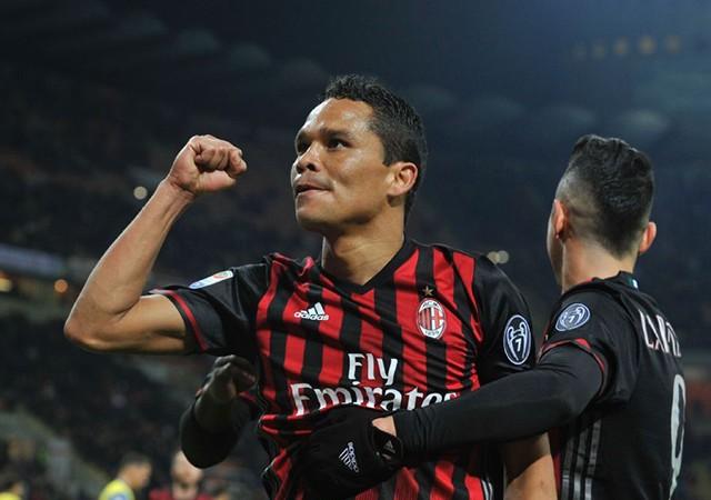 Fenerbahçe'de Bacca ısrarı! Milan ne yanıt verdi?