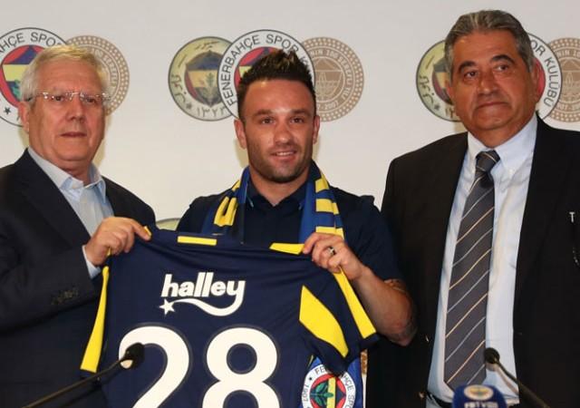 Fenerbahçe'ye imza attı! İşte Valbuena'nın ilk sözleri...