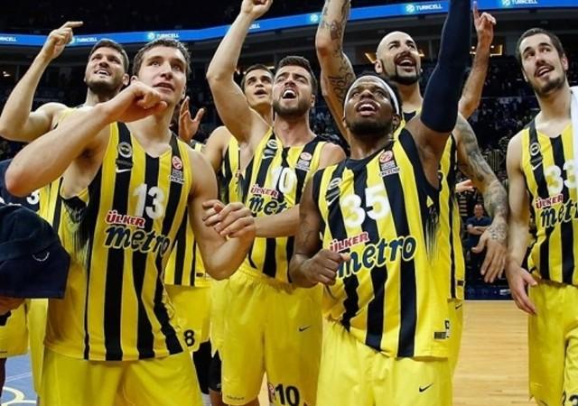 Fenerbahçe'den tarihi anlaşma!