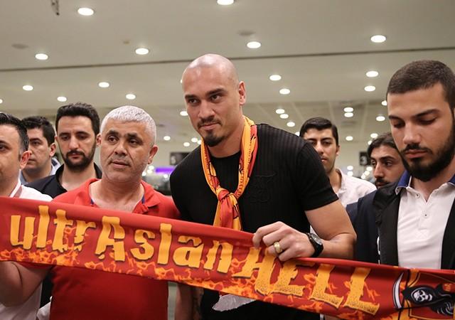 Galatasaray Maicon'un maliyetini açıkladı!