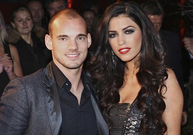 Sneijder'den önce 'Yenge' gitti!