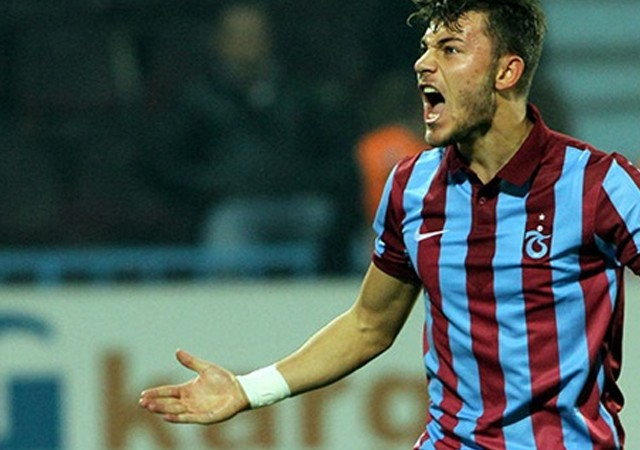 Beşiktaş'tan Trabzonsporlu isme gizli teklif...