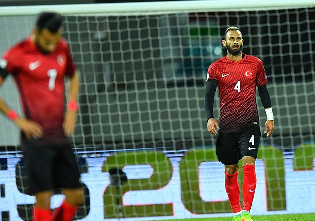Milli futbolcu Ömer Toprak, Çin'e alınmadı!