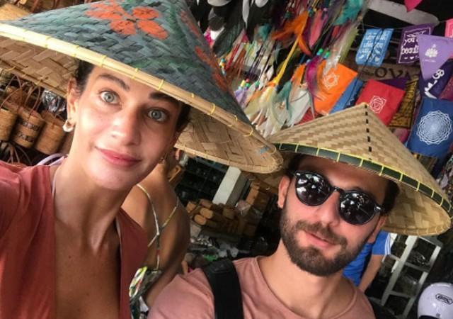 Berrak Tüzünataç ile Birkan Sokullu'nun tropikal tatili!