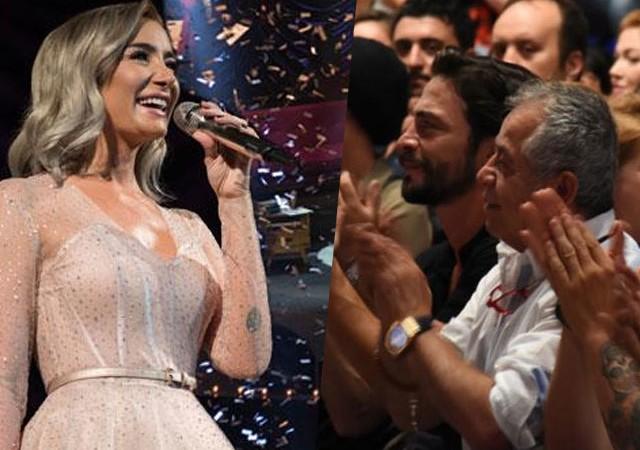 Sıla'nın konserinde Ahmet Kural sürprizi! En önden izledi...