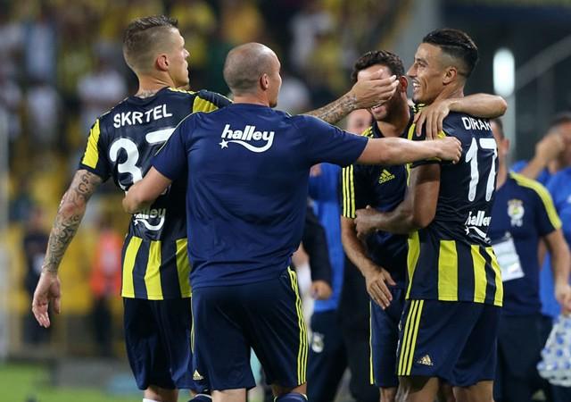 Dirar ve Valbuena iş başında! Fener turu Kadıköy'de kaptı...