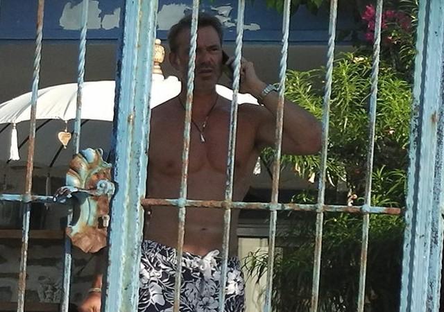 Murat Başoğlu kendini eve hapsetti...