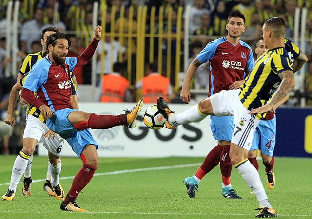 Kadıköy'deki müthiş mücadelede kazanan çıkmadı!