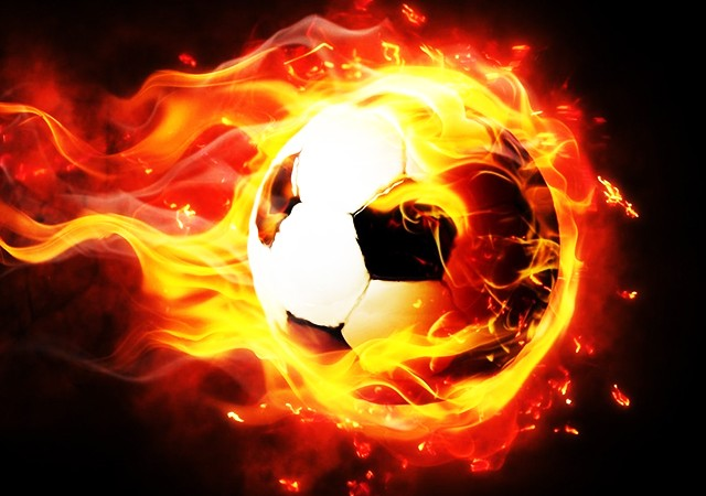 Çin'de büyük skandal! Devre arasında futbolcuları dövdüler...