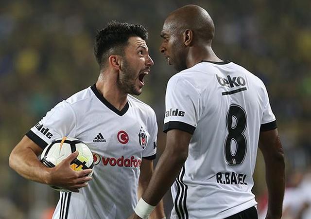 Beşiktaş soyunma odasında neler yaşandı? Tolgay ve Babel...