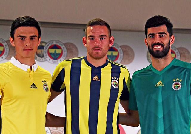 Fenerbahçe'de Luis Neto, Vincent Janssen ve Eljif Elmas sözleşme imzaladı!
