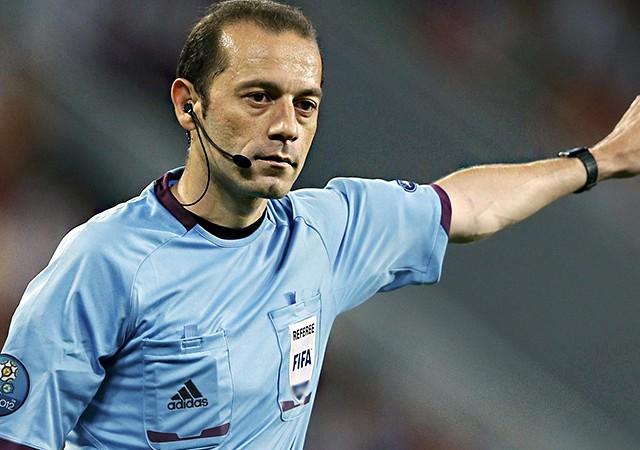 FIFA'dan Cüneyt Çakır, Halis Özkahya ve Hüseyin Göçek'e görev!