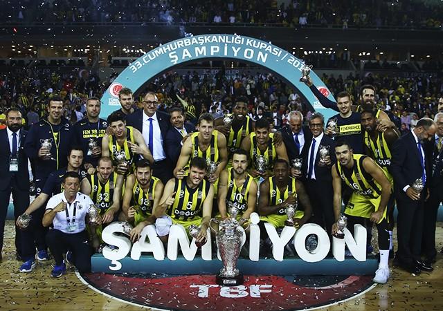 Fenerbahçe Doğuş - Banvit: 75-64